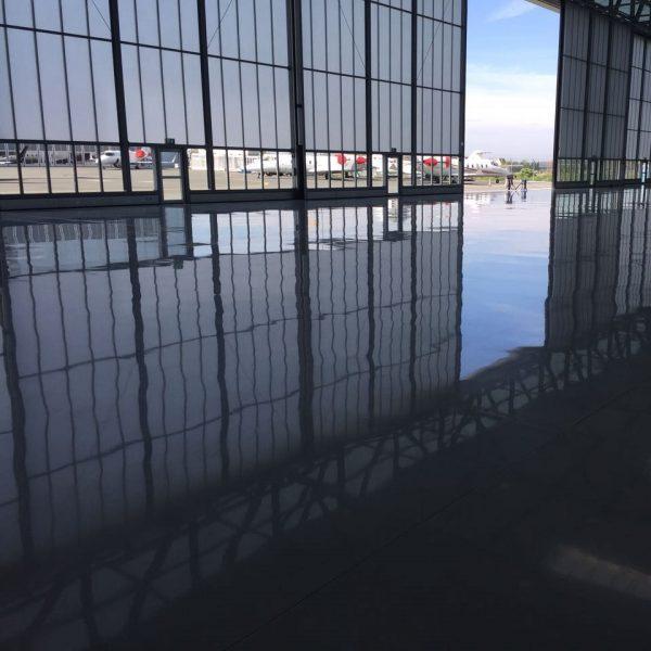 FLOORTEC | Epoxy gereinigt Fräsen Reinigen Beschichten Spachteln Schadstoffsanierung