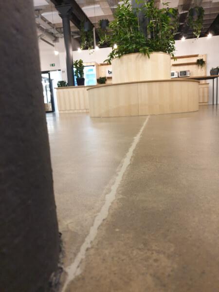 Vintage Epoxidharzbeschichtung Designbeschichtung Epoxy Beschichtung Designboden Designbelag Design Boden Nürnberg Salz Pfeffer Optik Industrieoptik Industrial Design